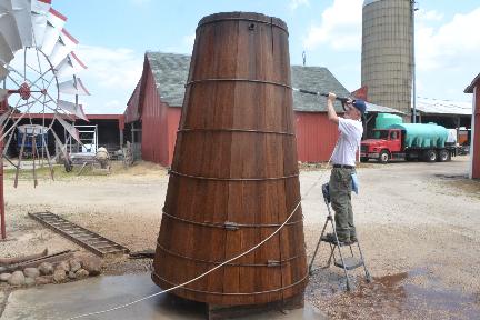 Windmill Tank
