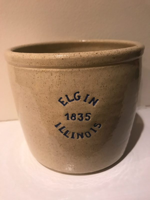 Medium Elgin crock